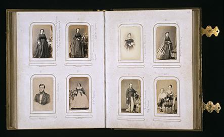 Álbum de cartes de visites de meados da década de 1870 (IHGB)